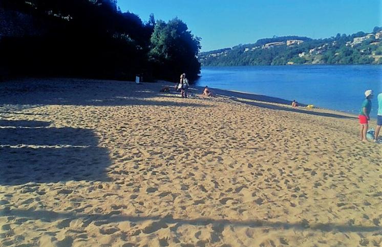 Praia Fluvial de Arnelas